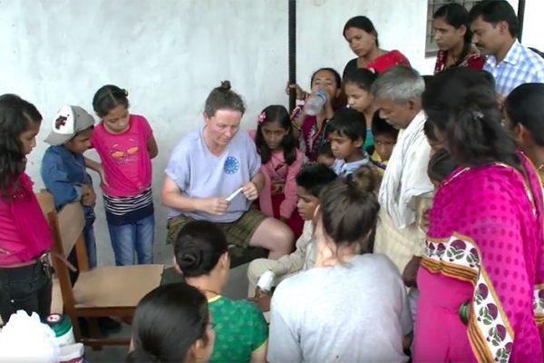 Soins dentaires au Népal - ODENTH ODontologie ENergétique et THérapeutique