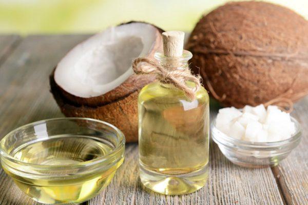 L'huile vierge de coco : quels bienfaits pour la sphère buccale ? Christine Perez